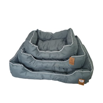 Cama color gris